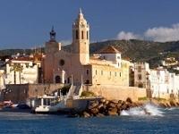 2-Day Southern Catalonia Tour: Sitges, Tarragona and Santes Creus
