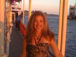 Sydney Showboats Cabaret Dinner Cruise Photos