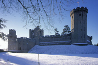 Boxing Day Tour to Warwick Castle, Stratford-upon-Avon, The Cotswolds and Oxford Photos