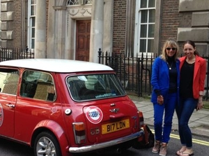 Private Tour: London Sightseeing Tour by Classic Mini Cooper Photos