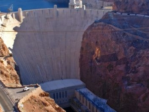 Hoover Dam Top to Bottom by Luxury SUV with Colorado River Float Photos