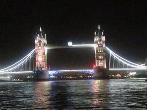 London Thames River Dinner Cruise Photos