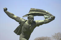 Private Walking Tour: Budapest Communist History Including Memento Park Photos