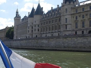 Seine River Hop-On Hop-Off Sightseeing Cruise in Paris Fotos