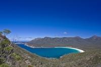 Tasmania East Coast by Air Including Maria Island Tour and Cruise