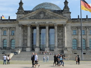 Berlin Supersaver: Hop-on Hop-off City Tour and Skip the Line Entry to TV Tower Photos