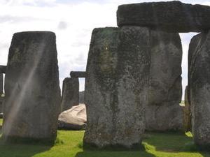 Small-Group Day Trip to Stonehenge, Glastonbury and Avebury from London Photos